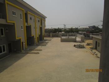 Luxury 2 Bedroom Flat with Excellent Facilities, Orchid Road, Lafiaji, Lekki, Lagos, Flat for Rent