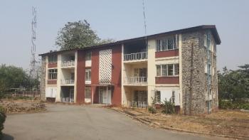 Apartment Building - 6 Flats - 2 Bedrooms Each, 1, Jibowu Crescent, Iyaganku, Ibadan, Oyo, Flat for Rent