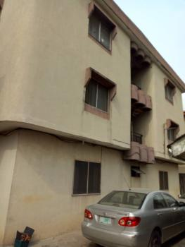3bedroom Block of Flat, Ago Palace, Isolo, Lagos, Flat for Sale