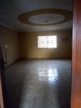Executive & Spacious 3 Bedroom Flat Upstairs, 7, Abiodun Alimi Str., Nnpc Bus Stop, Oke Afa, Isolo, Lagos, Flat for Rent
