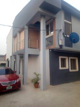 a Well Finished 3 Bedroom Flat Upstairs, Sam Shonibare Street Off Ogunlana, Ogunlana, Surulere, Lagos, Flat for Rent