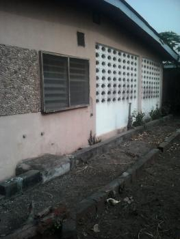 Well Built 6bed Bungalow with Big Hall, Abule Odun Egbeda, Lagos, Egbeda, Alimosho, Lagos, Detached Bungalow for Sale