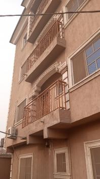 Nice 3bedroom Flat, Off Kilo, Kilo, Surulere, Lagos, Flat for Rent