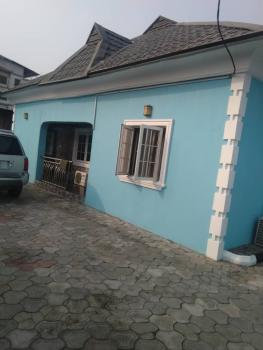 Fantastic 3 Bedroom Bungalow with a Mini Flat, Eputu London, Lekki Phase 2, Lekki, Lagos, Detached Bungalow for Sale