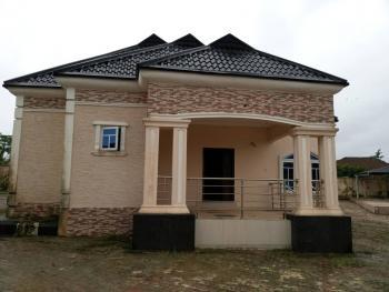 Courtry Home Property in Edo State Benin, Pastor Ize Iyamu Farm Road Benin City Edo, Uhunmwonde, Edo, Detached Bungalow for Sale