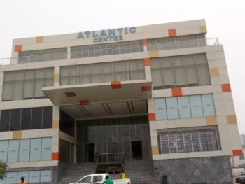 40sqm Shop Space on First Floor, Chevron Drive, Lekki Expressway, Lekki, Lagos, Restaurant / Bar for Rent