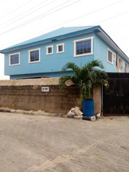 Luxurious and Nicely Built 3 Bedroom Flat, Gbagada Phase 1, Gbagada, Lagos, Flat for Rent