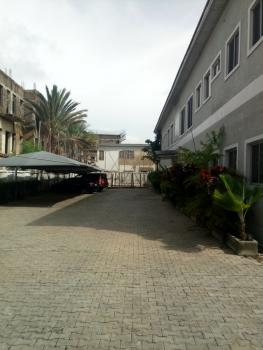 a Very Good, Serviced & Partly Furnished 4 Bedrooms Flat with 1 Bq, Wuse 2, Abuja, Flat for Rent