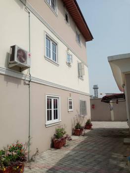 a Very Clean 3 Bedroom Flat, Chevron Alternative Drive, Lekki Expressway, Lekki, Lagos, Flat for Rent