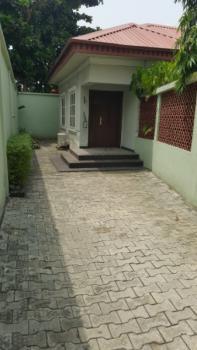 2 Bedroom Bungalow, Adeyemi Akintunde Street, Lekki Phase 1, Lekki, Lagos, Detached Bungalow for Rent