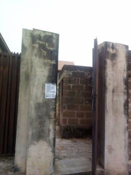 Student Hostel, Onireke, Ibadan, Oyo, Hostel for Sale