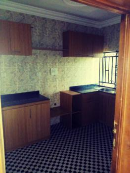 a Lovely ,3 Bedrooms, Fodascis Road, Ring Road Ibadan, Challenge, Ibadan, Oyo, Flat for Rent