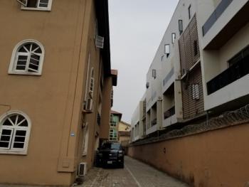 Good 3 Bedrooms Flat, Off Admiralty Way, Lekki Phase 1, Lekki, Lagos, Flat for Rent