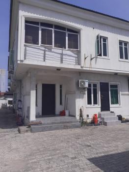 Clean Mini Flat Upstairs, Off Freedom Way., Lekki Phase 1, Lekki, Lagos, Mini Flat for Rent