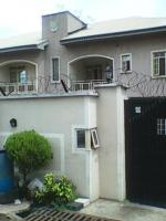 A Lovely 3 Bedrooms Flat  , Surulere, Lagos, 3 Bedroom Flat / Apartment For Rent