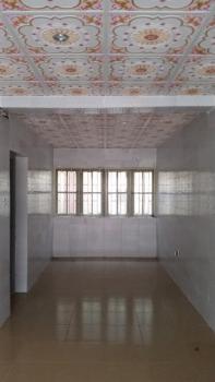 2 Bedroom Flat, Off Adekunle Kuye Street., Kilo, Surulere, Lagos, Flat for Rent