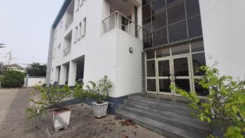 Spacious and Executive 3 Bedroom Apartment - Upstairs, Off Palace Road, Oniru, Victoria Island (vi), Lagos, Flat for Rent