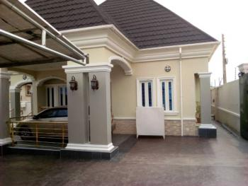 5 Bedroom Bungalow, Ipaja, Lagos, Detached Bungalow for Sale