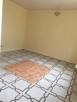 Lovely 2 Bedroom Flat, Off Adekunle Kuye, Aguda, Surulere, Lagos, Flat for Rent