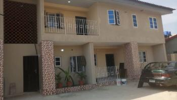 Lovely & Spacious 4 Bedroom All Rooms En-suite Flat (upstairs), Onike, Yaba, Lagos, Flat for Rent