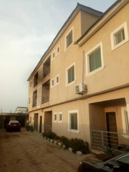 Appealing 2 Bedroom Flat, Lbs, Sangotedo, Ajah, Lagos, Flat for Rent
