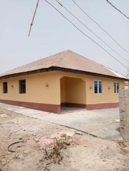 3 Bedroom Detached Bungalow, Olosan, Alakia, Ibadan, Oyo, Detached Bungalow for Sale