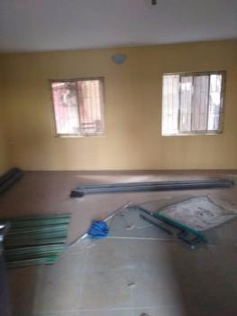 a Very Clean Sharp 3bd @ Lawanson, Surulere, Lagos, Lawanson, Lawanson, Surulere, Lagos, Flat for Rent