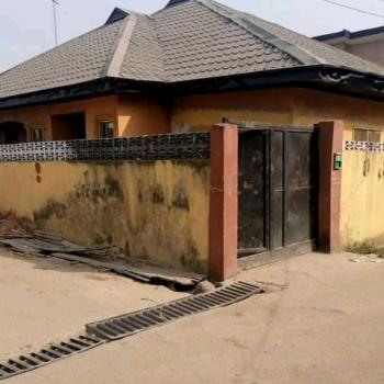 Executive 3 Bedroom Detached Bungalow with C of O, Off Bode Thomas, Surulere, Lagos, Detached Bungalow for Sale
