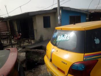 Bungalow on Half Plot, Bank Olemoh, Iponri, Surulere, Lagos, Semi-detached Bungalow for Sale