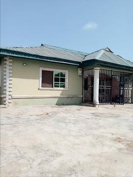 3 Bedroom Ensuite Bungalow, Along Bayeku Road, Igbogbo, Ikorodu, Lagos, Detached Bungalow for Sale