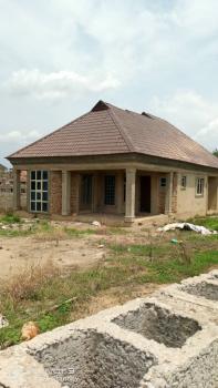 4 Bedroom Bungalow, Temidire Estate Ologuneru Ibadan, Ido, Oyo, Terraced Bungalow for Sale