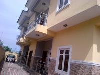 Nicely Finished 3 Bedroom Unserviced Flat  (up Floor), Lekki Phase 1, Lekki, Lagos, 3 Bedroom, 4 Toilets, 3 Baths Flat / Apartment For Rent