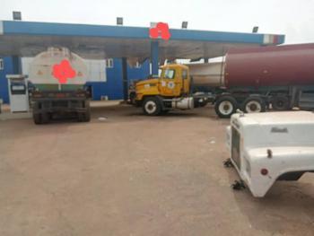 Filling Station, By Uniben, Benin City Edo State, Uhunmwonde, Edo, Filling Station for Sale