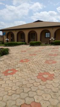 Executive 5 Bedroom Bungalow with Bq, Moor Plantations, Gra, Ibadan, Oyo, Detached Bungalow for Sale