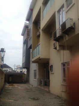 Super Luxurious 5 Bedroom Terraced Duplex in a Mini Estate. Interlocked Road, Main Chevron Drive Road, Ikota, Lekki, Lagos, Terraced Duplex for Rent
