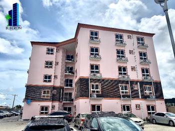 Very Spacious 3bedrooms +1bq Flat, Osapa, Lekki, Lagos, Flat for Rent