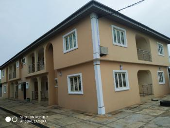 Luxury 3 Bedroom, Hilltop Estate Off Obafemi Awolowo Way, Ikorodu, Lagos, Flat for Rent
