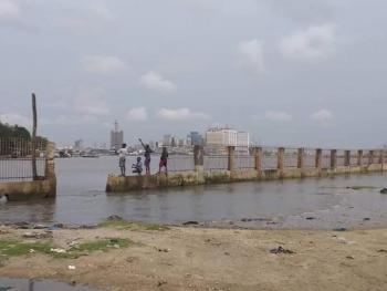 Land Water Front 1.600 Sqm, Admiralty Way, Lekki Phase 1, Lekki, Lagos, Mixed-use Land for Sale