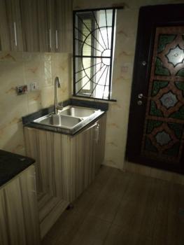 Lovely 2 Bedroom, Olaleye Estate, Iponri, Surulere, Lagos, Flat for Rent