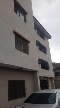 Nice and Spacious 4 Bedroom Flat, Aguda, Surulere, Lagos, Flat for Rent