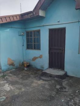4bedroom Detached Bungalow, Bankolemo, Ogunlana, Surulere, Lagos, Detached Bungalow for Sale