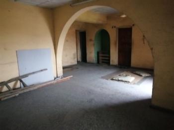 Spacious 3 Bedroom Flat, Ebute Metta East, Yaba, Lagos, Flat for Rent