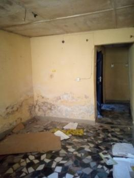 Spacious Roomself, Off Randle Avenue, Ogunlana, Surulere, Lagos, Self Contained (single Rooms) for Rent