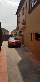 Nice 2bedroom Flat, Oyebode Street, Omole Phase 2, Ikeja, Lagos, Flat for Rent