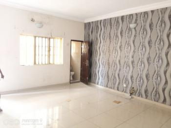 Clean and Decent 3 Bedrooms Flat, All Rooms Ensuite (upstairs), Oluwadare Street, Fola Agoro, Yaba, Lagos, Flat for Rent