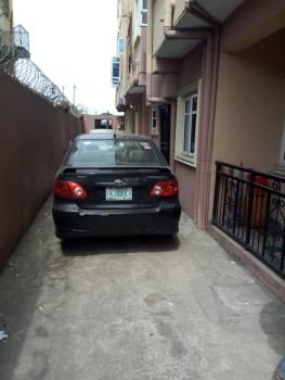 Elegant 2 Bedroom Ensuite Flat, Only 2 Tenants in The Compound, Behind Yabatech Road., Yaba, Lagos, Flat for Rent