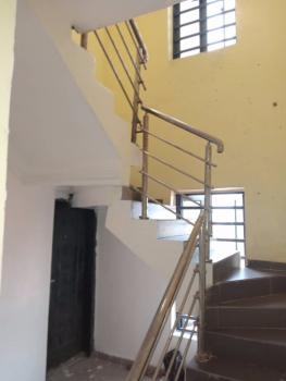 Clean and Classy Two Bedroom Penthouse All Rooms Ensuite, Chevron Alternative Route, Lekki, Lagos, House for Rent