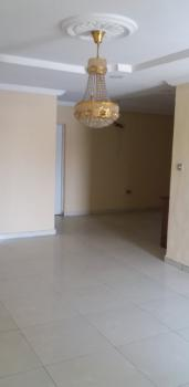 4 Bedroomflat in an Estate, Onike, Yaba, Lagos, House for Rent