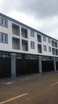 4  Bedrooms Apartment, Unilag Estate, Magodo Isheri Off Berger Bus-stop, Gra, Magodo, Lagos, Terraced Duplex for Sale