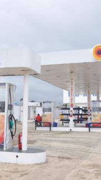 Oando Filling Station, Igando Bus Stop, Igando, Akowonjo, Alimosho, Lagos, Filling Station for Sale